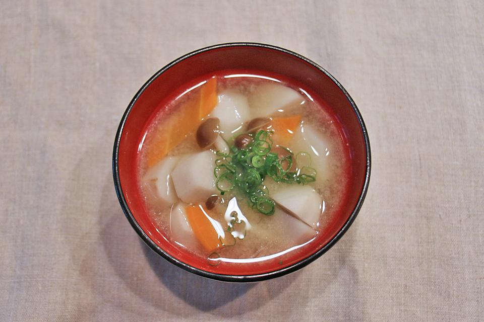 里芋のお味噌汁