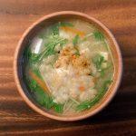 揚げ玉と水菜のお味噌汁