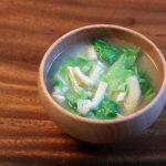 春キャベツと油揚げのお味噌汁