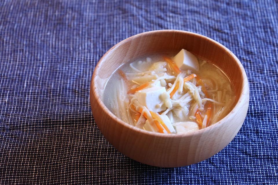 えのきと豆腐のお味噌汁