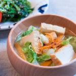 厚揚げと白菜のお味噌汁