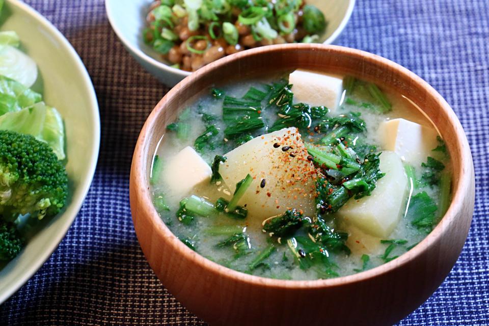大根菜とじゃがいものお味噌汁