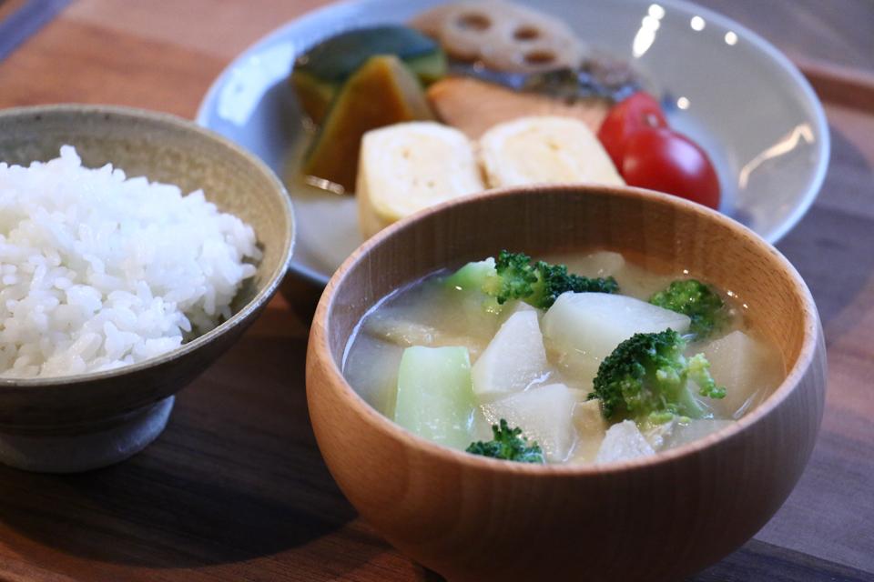 かぶとブロッコリーのお味噌汁
