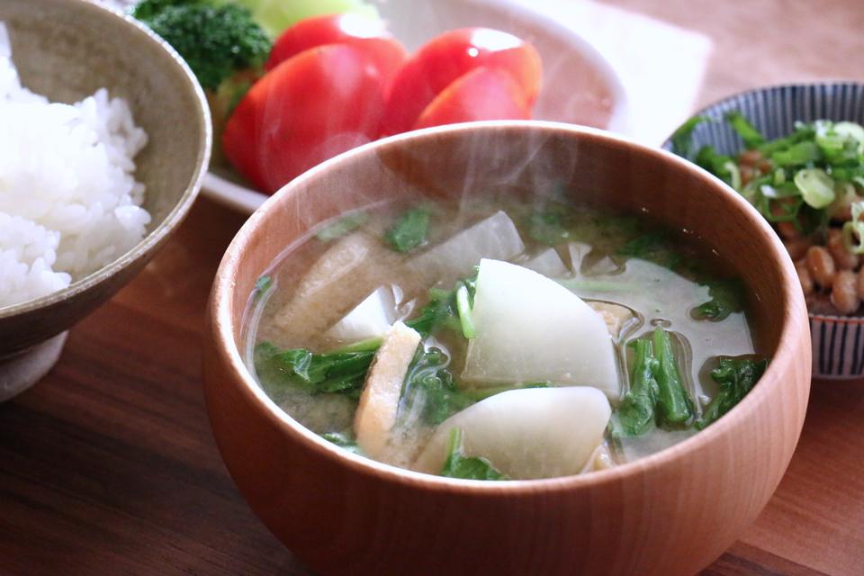 大根と大根菜のお味噌汁