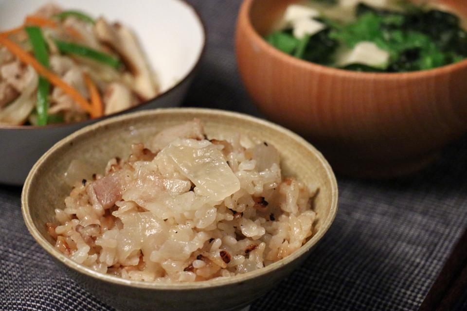 豚バラ肉と大根の炊き込みご飯