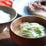 豆腐と長ねぎのお味噌汁