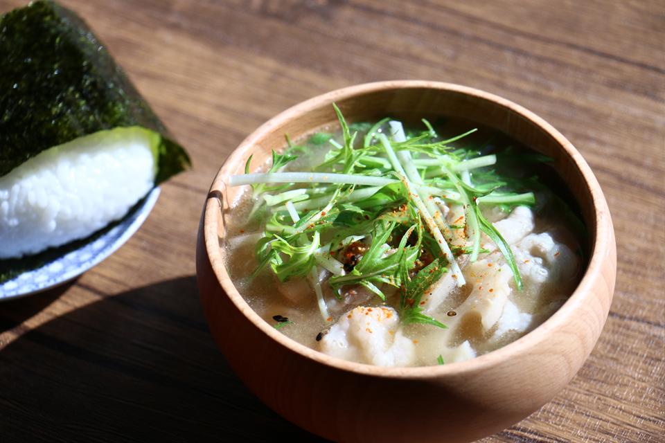 豚肉と水菜のお味噌汁