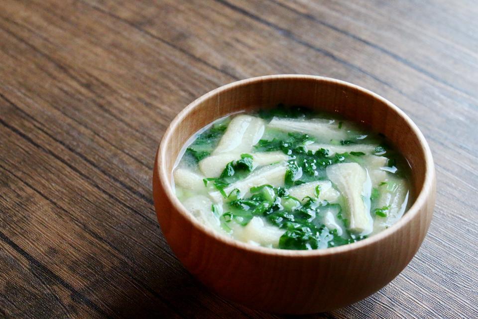 大根菜と油揚げのお味噌汁