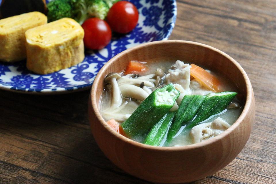 豚肉と野菜のお味噌汁